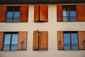 Jak prawidłowo wybrać okna do swojego domu?