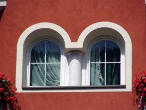 Estetyka okien drewnianych.
