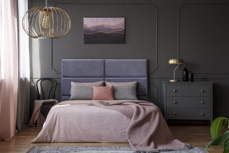 Praktyczne łóżka z pojemnikiem na pościel w atrakcyjnej cenie